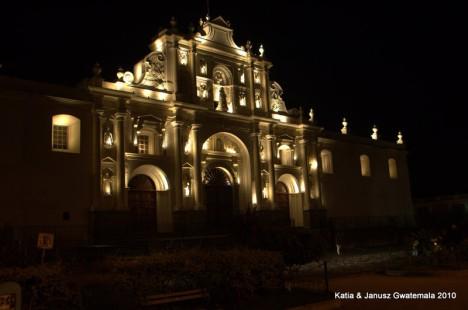 Gwatemala - Antigua noca