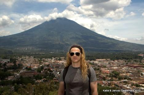 Gwatemala - Antigua widok na miasto
